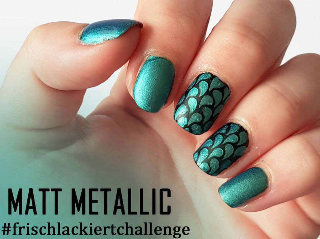 Matt Metallic Nails