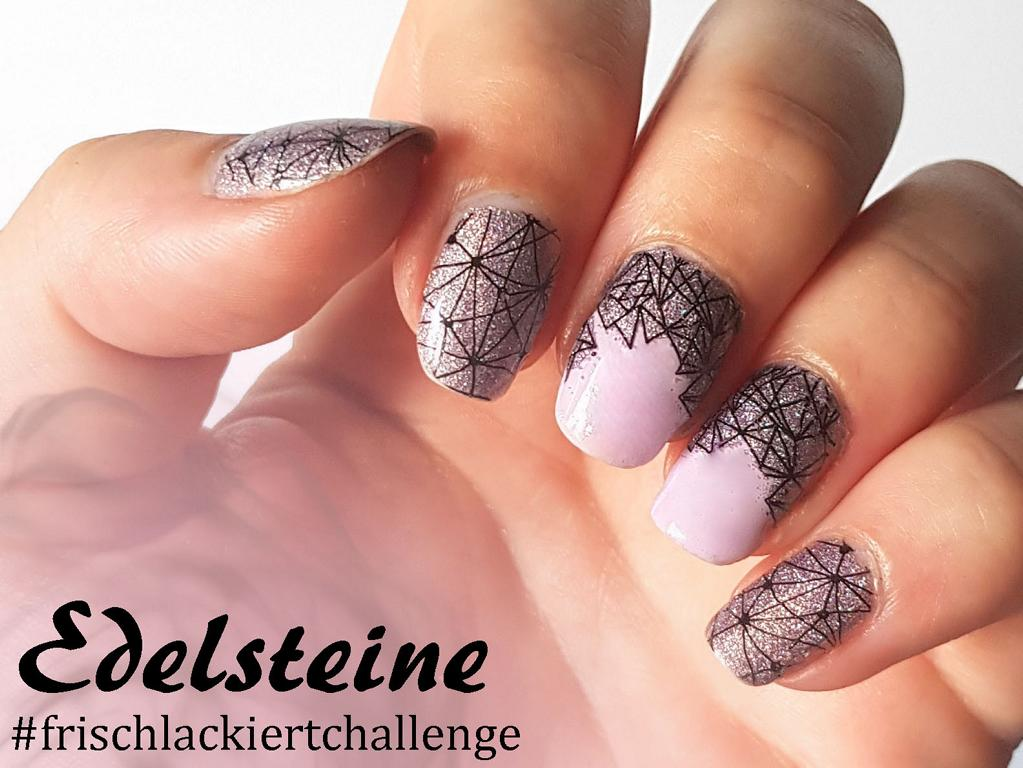 Naildesign Edelsteine