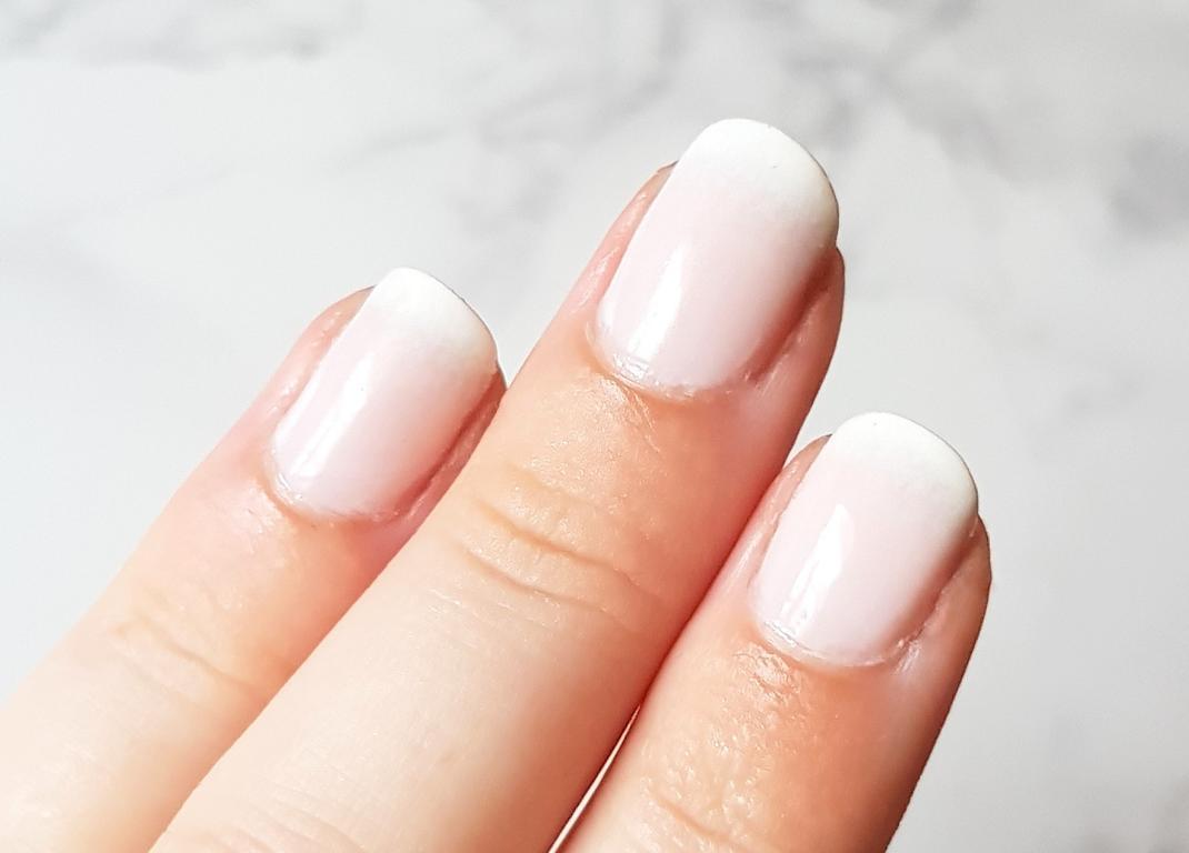 Babyboomer Nails