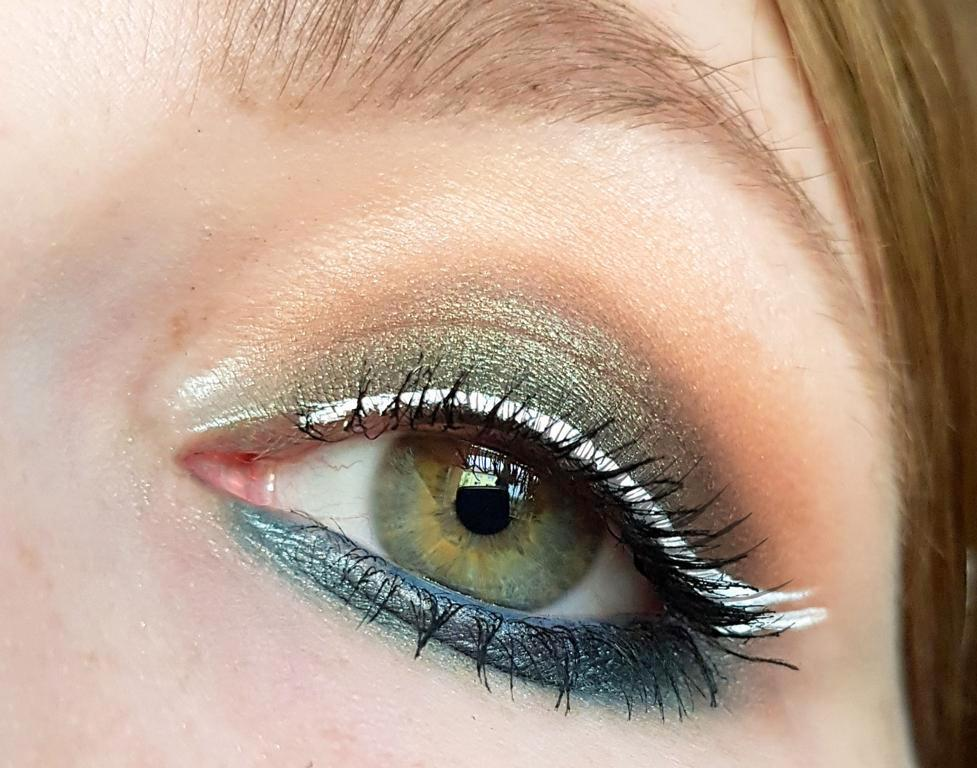 Urban Decay Born To Run Eyeshadow Look