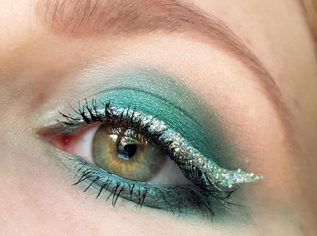 NYX Holo Eyeliner