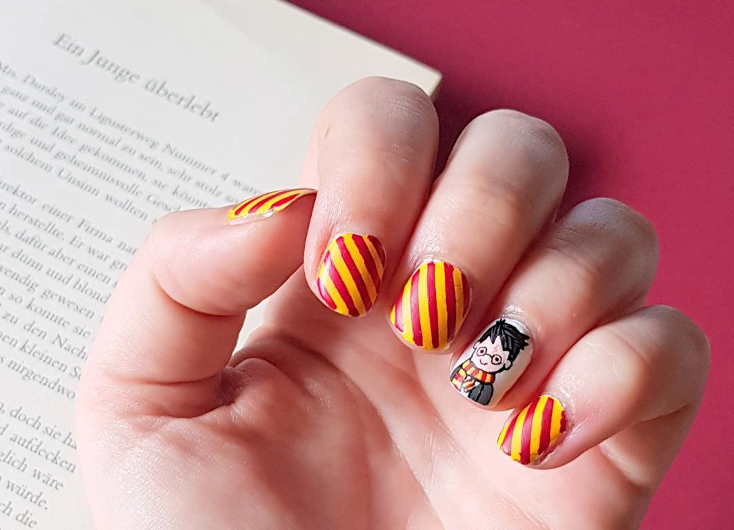 Harry Potter Nailart