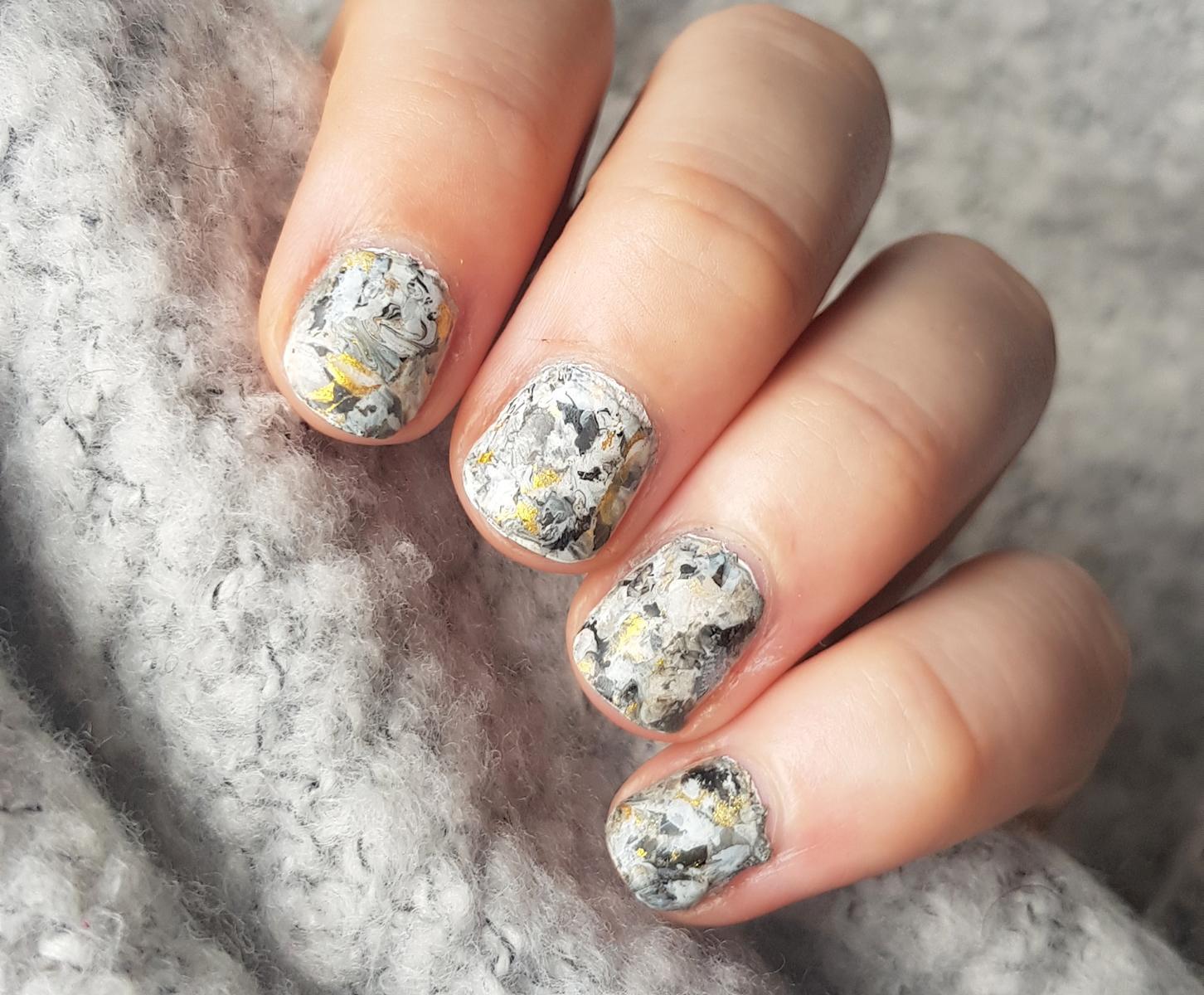 Stamper Marble Nailart