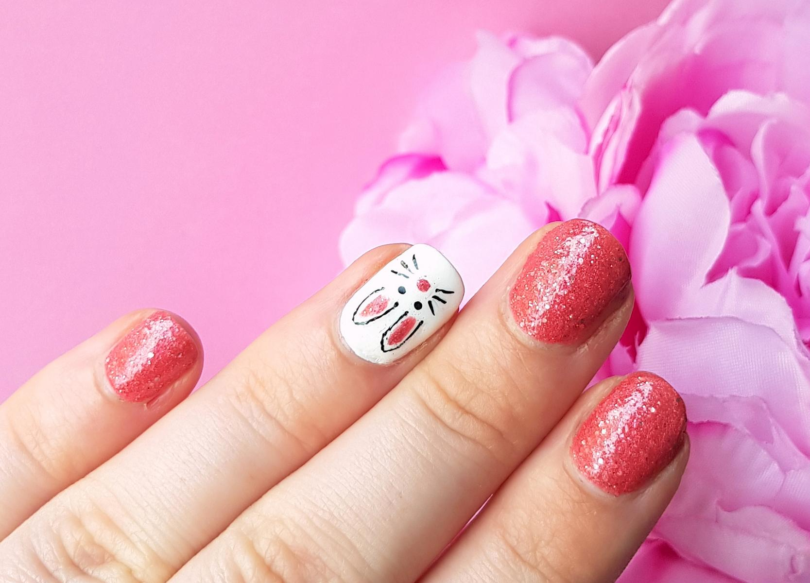 Pink Easterbunny Nails