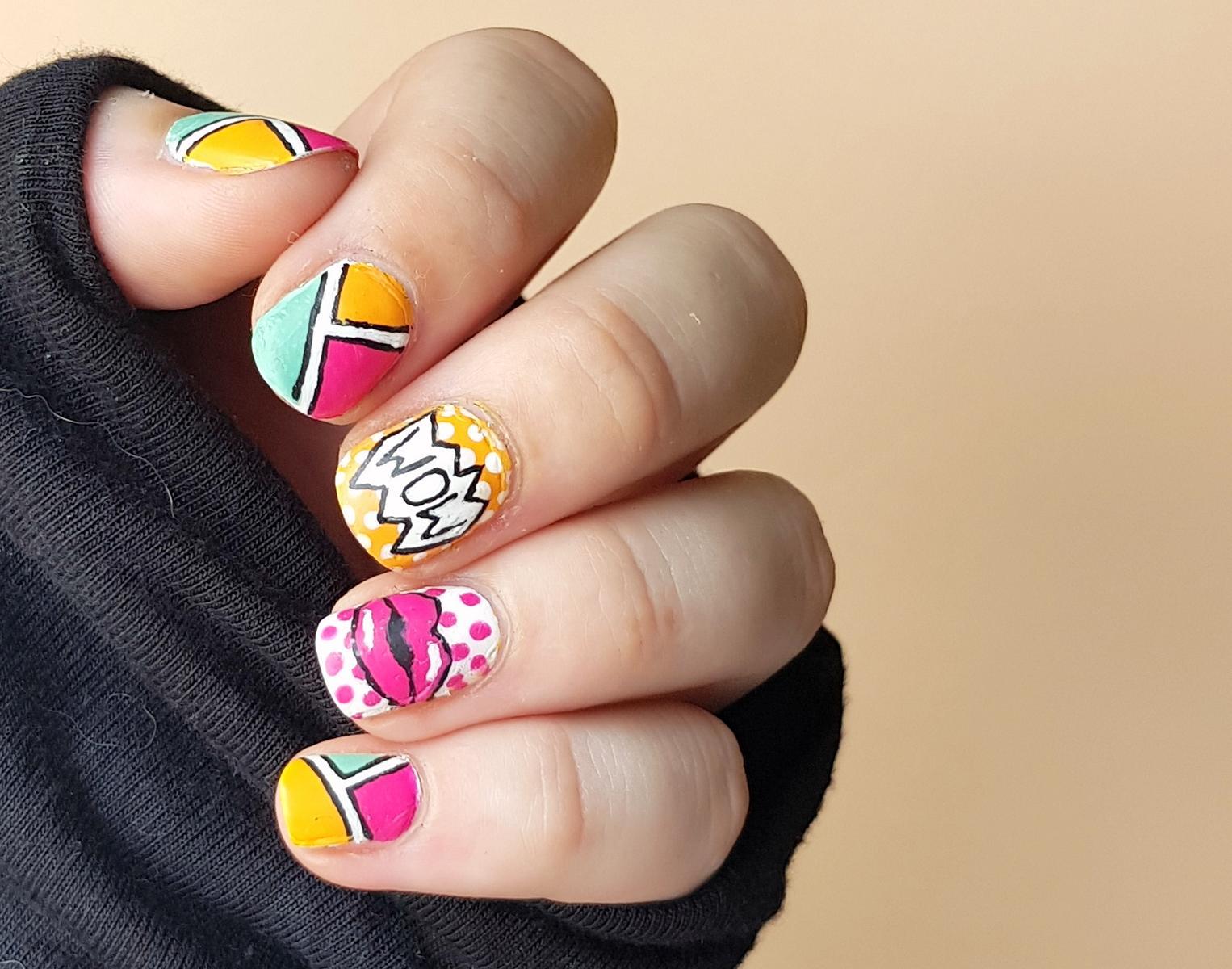 Comic Nails