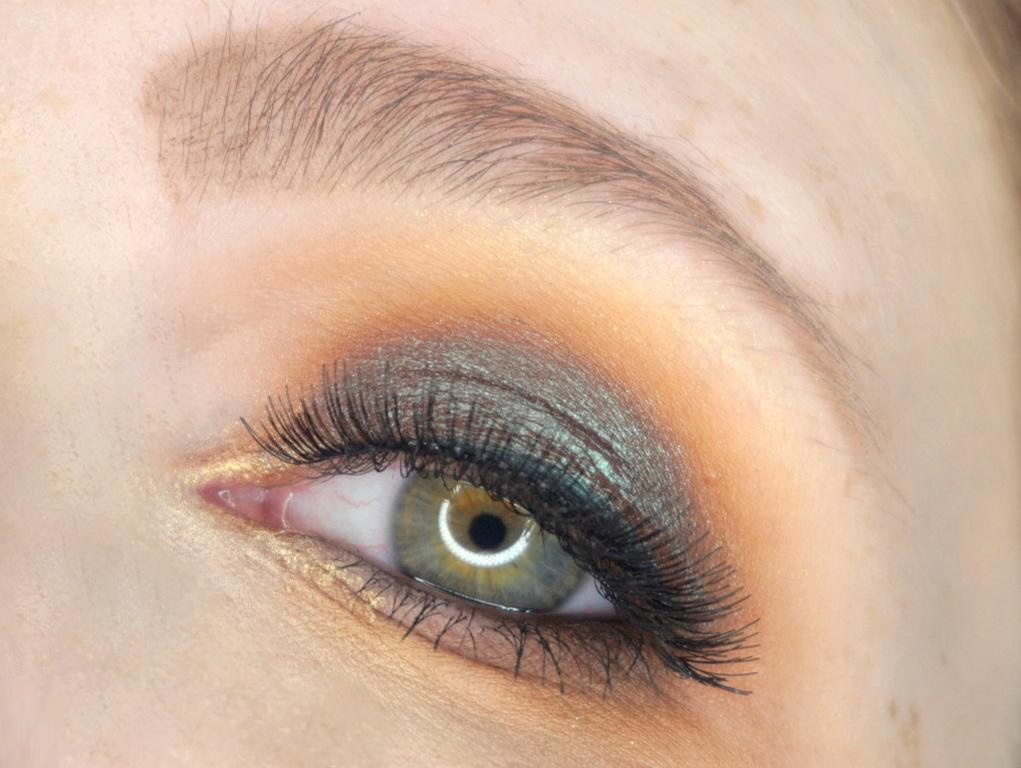 Make-up 1991 Ritual Eyeshadow Look Duochrome