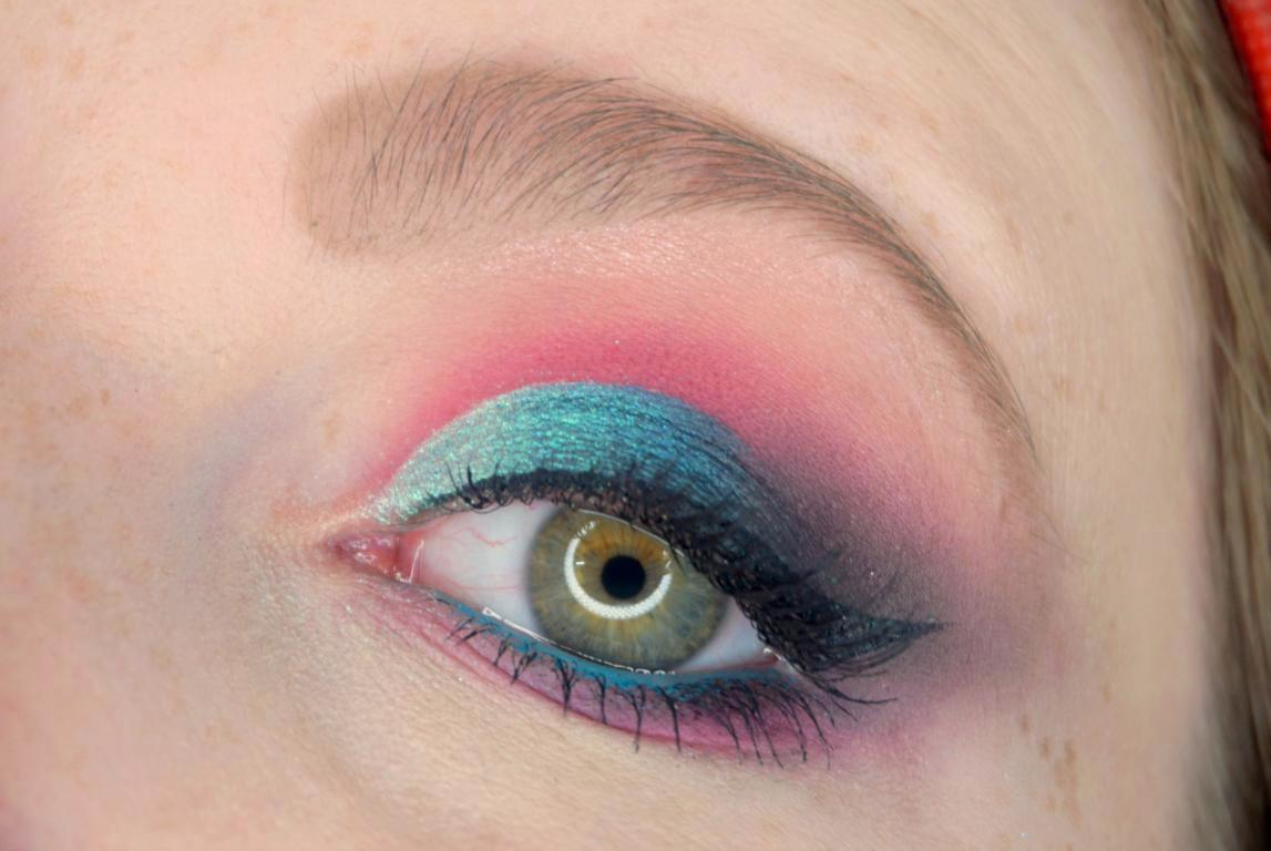 essence Disney Princess Eyeshadow Palettes Tiana Make up