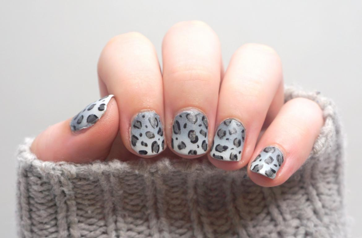 Schnee Leoparden Nailart Snow Leopard Nails
