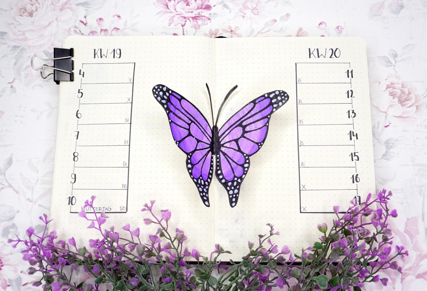 Mai Bullet Journal Lila Schmetterlinge